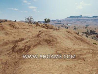 绝地求生沙漠地图攻略:如何在山坡上与敌人交战